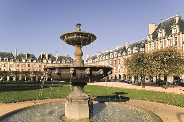Vieux quartier du Marais, Place des Vosges, Le village Saint Paul - Visites pédestres - Visites de Paris