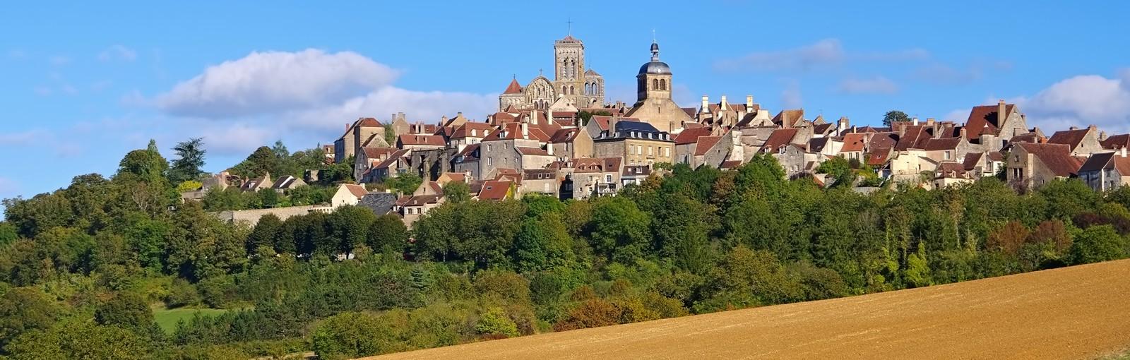 Tours 2 jours en Bourgogne: Auxerre - Chablis et la Côte de Beaune - Bourgogne - Circuits au départ de Paris