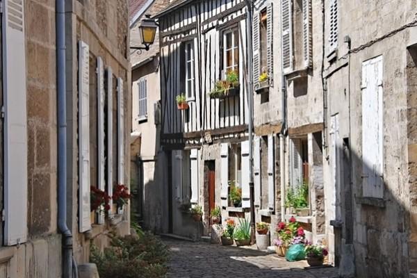 Senlis - Demi-journées - Tours au départ de Paris