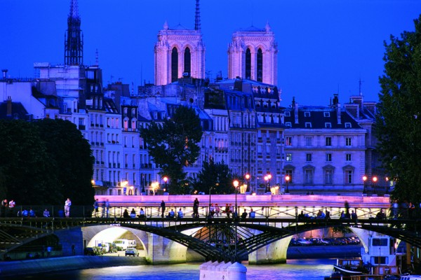 Illuminations - Tours de ville - Visites de Paris