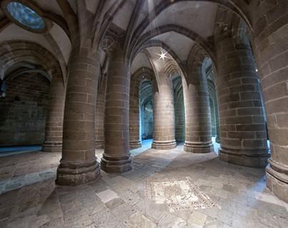 Abbaye - La Crypte aux gros piliers