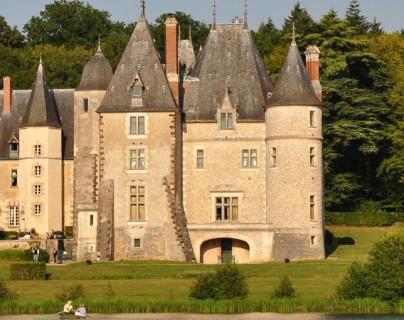 Château privé ouvert pour vous recevoir